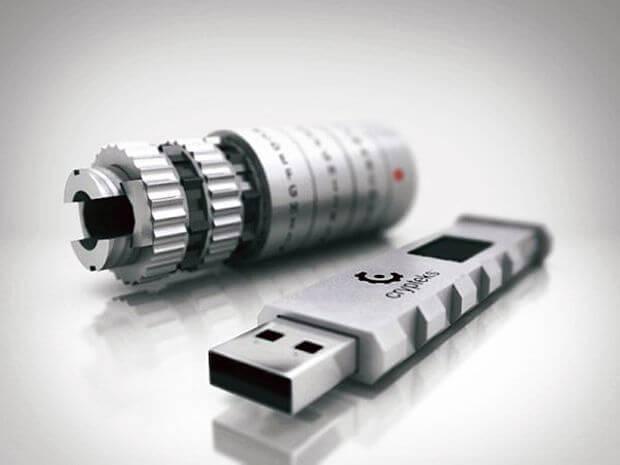 Crypteks USB Key: концепт оригинальной флешки с кодовым замком