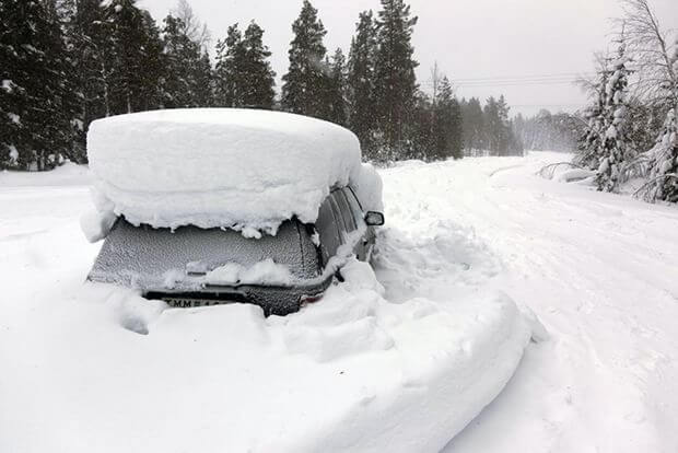 Швед выжил после 2 месяцев, проведенных в заваленной снегом машине