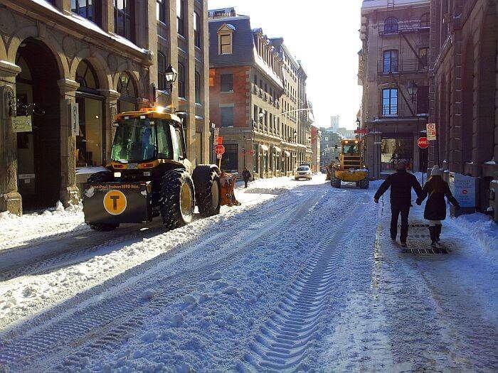 Как чистят снег в Канаде
