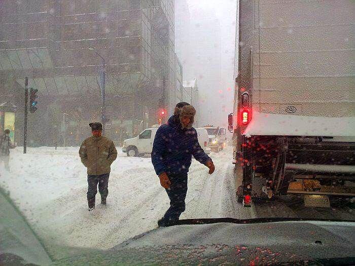 Як чистять сніг у Канаді