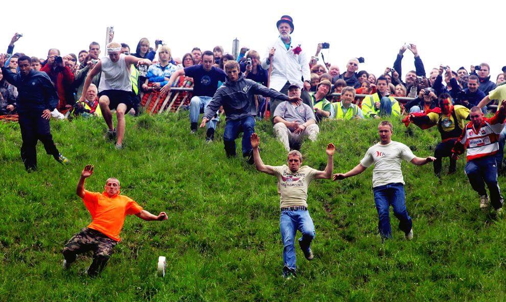 Фестиваль катання сиру з пагорба Купера