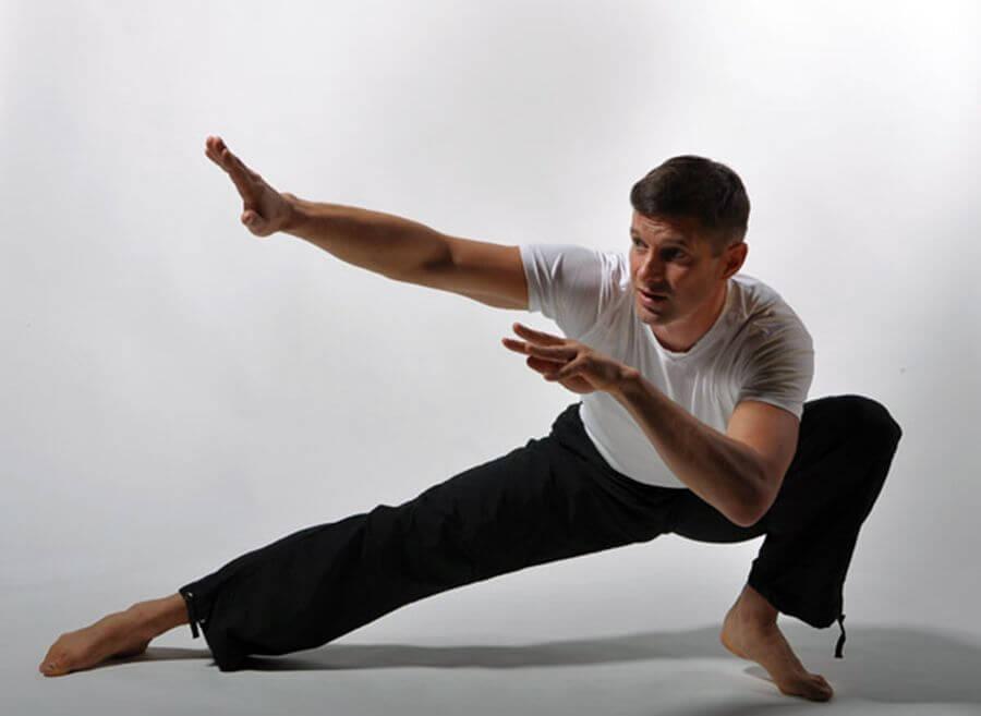 Более 90% движения человека определяются бессознательными рефлексами