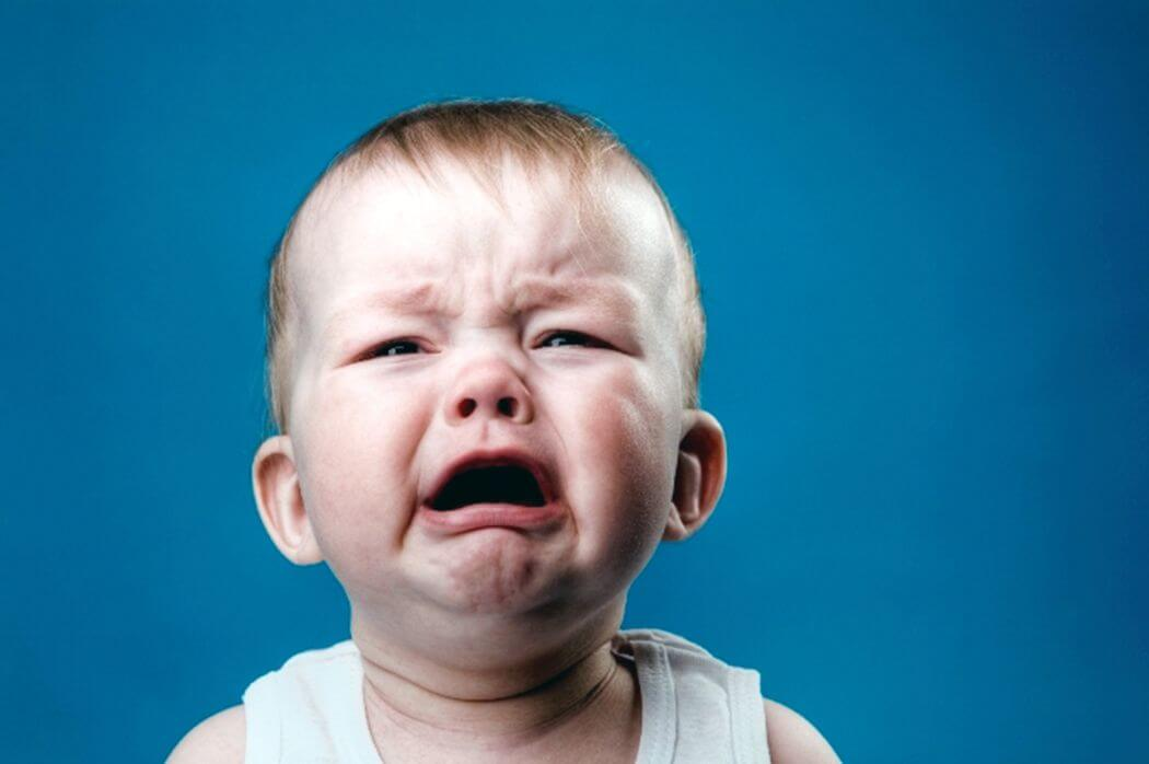 Діти 1-3х місячного віку плачуть без сліз