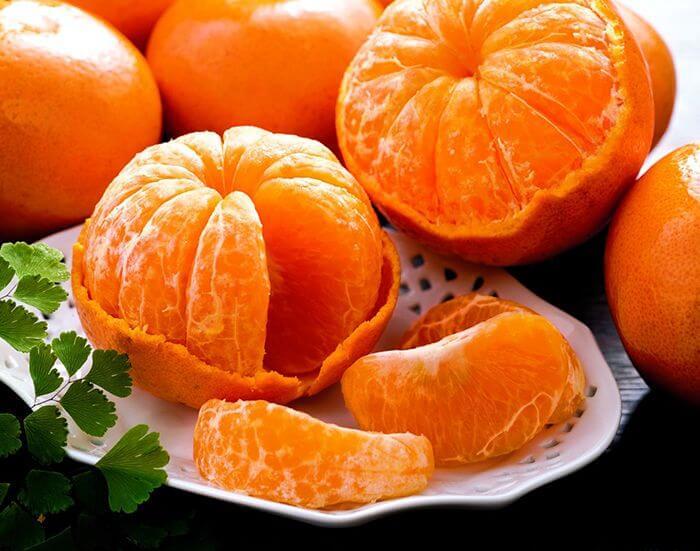 Кому протипоказані мандарини