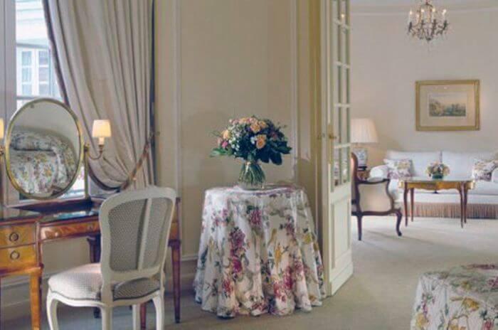 Готель «Le Bristol» в Парижі