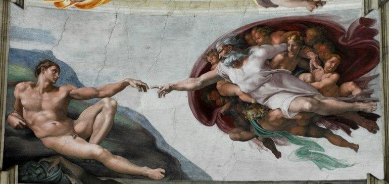 Известная картина «Сотворение Адама»